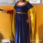 Traje-de-dama-medieval-azul-oscuro