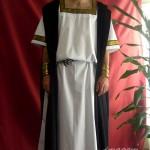 Traje-de-romano-con-tunica